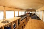 Lakóautó iskolabuszból